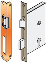 bevéső zár u-alakú előlappal, zárfogadó,             kerek hajlitott előlappal