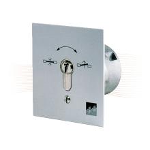 EFFEFF 1140-11 kulcsos kapcsoló falon kívüli